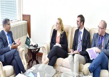 بعثة الاتحاد الأوروبي تصل باكستان لمراقبة الانتخابات