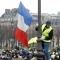 السترات الصفراء في شوارع باريس للمرة العاشرة
