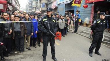 ۴۰ إصابة في هجوم حارس بسكين داخل مدرسة في الصين