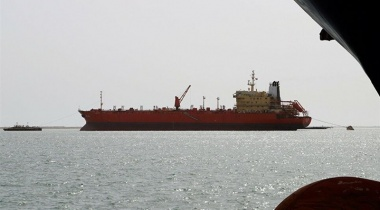 تحالف العدوان يحتجز ۱۳ سفينة محملة بالنفط والغذاء