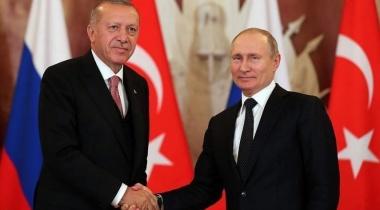 مسؤول تركي سابق يحذر من انحياز بلاده لصالح أوكرانيا في أزمة دونباس